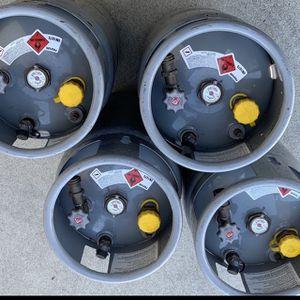 "Forklift Tanks ""FULL"". 8 Gallon $120 each. for Sale in Rialto, CA"