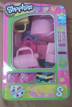 Shopkins Tin With Toys by Moose Toys 2013 for Sale in Kyle, TX