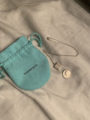 Tiffany & co necklace for Sale in Las Vegas, NV