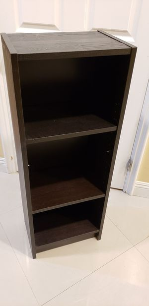 """42"""" Tall Bookcase for Sale in South El Monte, CA"""