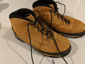 Timberland Hiking Boots Women Size 6 for Sale in San Francisco, CA