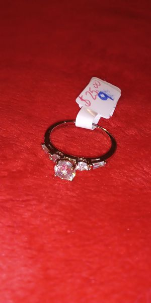 Beautiful ring $25 size 9 for Sale in Norfolk, VA
