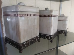 Kitchen canasters. Like new for Sale in Arroyo Grande, CA