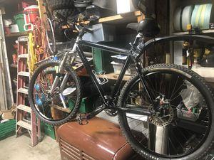 Giant 27 Speed Mountain Bike for Sale in Hoquiam, WA