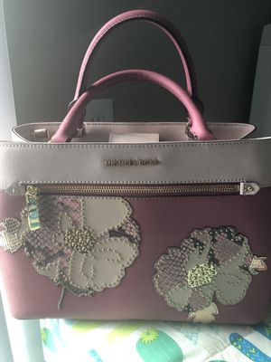 Michael kors handbag for Sale in Jan Phyl Village, FL