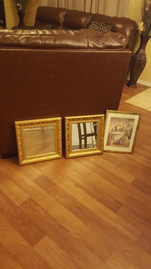 Pictures for sale for Sale in Monroe, LA