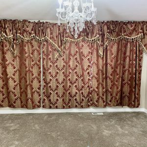 Windows curtains from JCPenney I bought for $600 now I am going to sell for $200 excellent condition like a new for Sale in Covington, WA