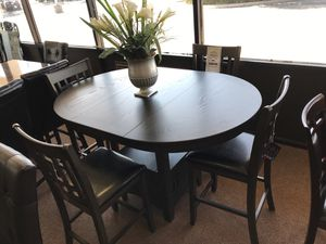 5-pcs dining table on sale only at elegant Furniture 🛋🎈 for Sale in Fresno, CA