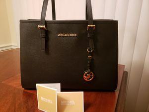 MICHAEL MICHAEL KORS Jet Set Saffiano Leather Tote Bag for Sale in Riverview, FL