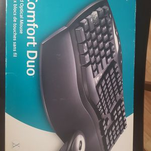 NEW WIRELESS KEYBOARD & MOUSE for Sale in Miami, FL