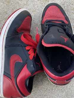 Nike Jordan Bred 1 Phat LOW 9.5 for Sale in Naval Air Station Point Mugu,  CA