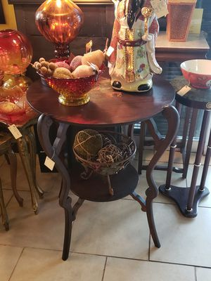 Antique 2 tiered table for Sale in Spartanburg, SC