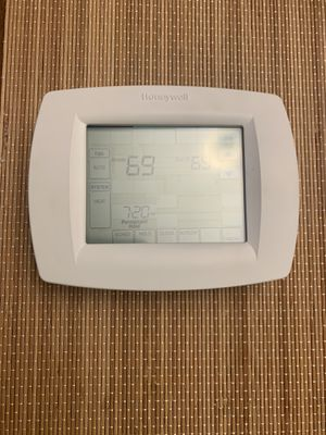 Honeywell TH8000 series thermostat for Sale in Portland, OR