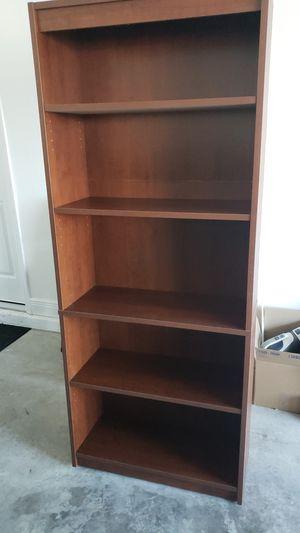 Bookshelves 5 shelf for Sale in Orlando, FL