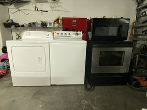Appliances - Washer, Dryer, Stove, and Microwave for Sale in Carol City, FL