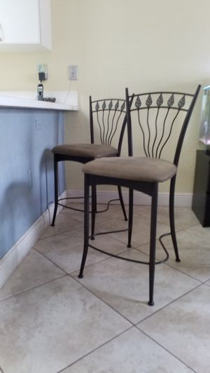 2 bar stools, chairs, dining, kitchen, counter, countertop for Sale in Miramar, FL