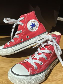 Converse All Star - Sz 11 Youth for Sale in Raleigh,  NC