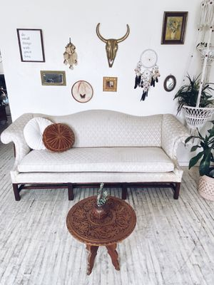 Beautiful Vintage Sofa for Sale in San Diego, CA