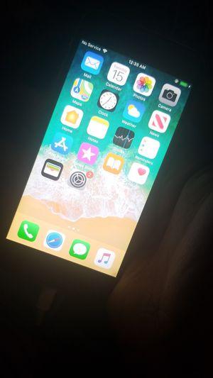 iPhone 6 At&t for Sale in San Bernardino, CA