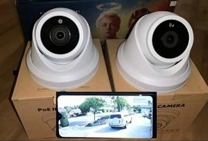 2 x Security Cameras-Se Habla Espanol for Sale in Fort Worth, TX