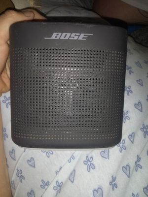 Bose color soundlink Bluetooth for Sale in Fresno, CA
