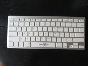 Bluetooth Keyboard for Sale in Nacogdoches, TX