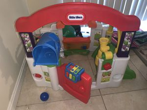 Little Tikes toy house for Sale in Woodbridge, VA