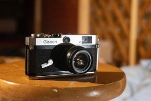 Canon P Rangefinder Camera w/ 50mm Jupiter 8 Lens for Sale in New York, NY