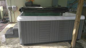 7 Person Hot Tub for Sale in Palm Springs, FL