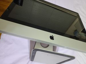 iMac 21.5 inch (Mid 2011) for Sale in Los Angeles, CA