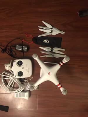 Dji phantom 3 drone with Accessories for Sale in Riverside, CA