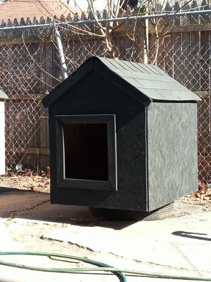 Large Dog House for Sale in Detroit, MI
