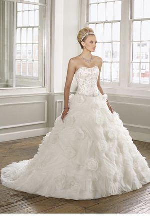 Mori Lee White Organza 1620 Formal Wedding Dress for Sale in West Hollywood, CA