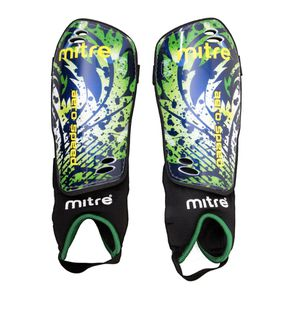 "Mitre Aero Shinguard / Size: Junior4' - 4'8"" Tall / Color: Green & Black for Sale in Hollywood, FL"