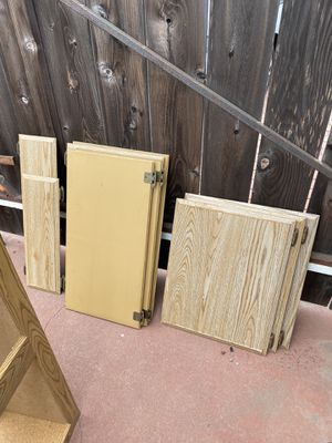 Small kitchen cabinets, Need these gone for Sale in Chula Vista, CA