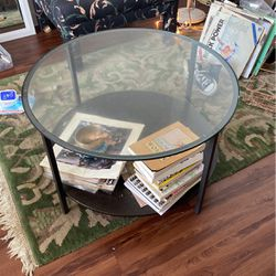 Doing Glass Coffee Table for Sale in Austin,  TX
