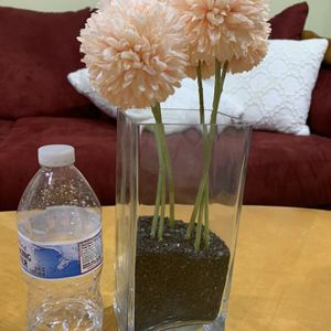 Vase With Fake Flowers for Sale in Schaumburg, IL