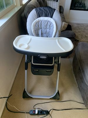 Graco high chair for Sale in San Marcos, CA