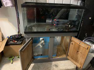40 gallon drilled fish tank for Sale in Miramar, FL