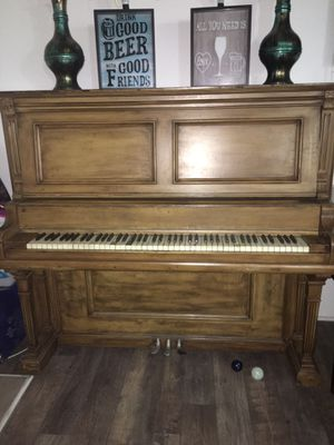 Free Piano for Sale in Santa Ana, CA