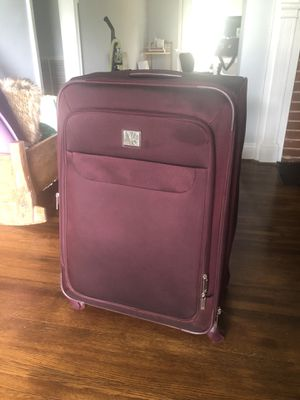 DVF Spinner Luggage for Sale in Charlotte, NC