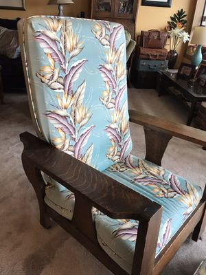 Vintage Morris chair recliner, with ottoman for Sale in Tacoma, WA