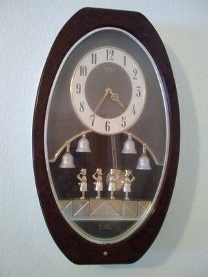 Musical wall clock for Sale in Minocqua, WI