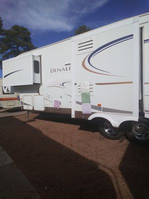 A beautiful fifth wheel for sale won't last long for Sale in Payson, AZ