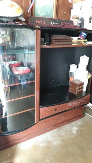 Mueble para televisión mide 32 pulgadas for Sale in San Antonio, TX