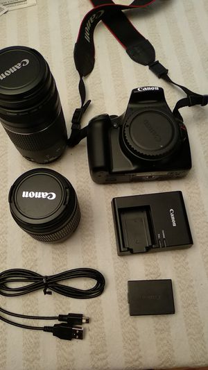 Canon EOS Rebel T3 with extra lens and accessories for Sale in Skokie, IL
