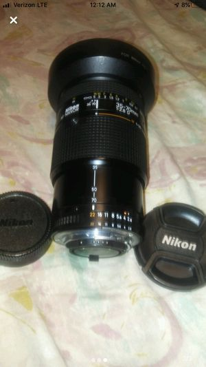 Nikon 35-70mm f/2.8D AF Zoom-Nikkor Wide Angle Auto Focus Lens. Fantastic lens in excellent condition. No dust, fungus or any issues at all. Smooth for Sale in Delray Beach, FL