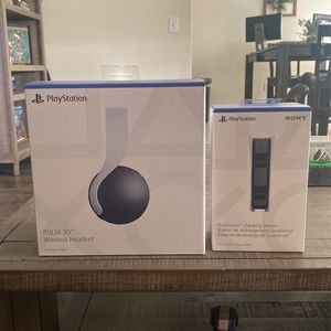 PlayStation 5 Wireless Headset & Dual Charger for Sale in Long Beach, CA
