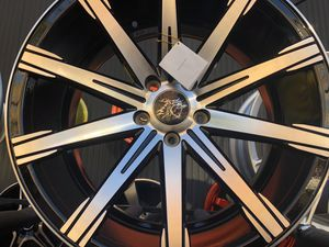 Inovit rims 19x8.5/9.5 et35 5-114.3 for Sale in The Bronx, NY