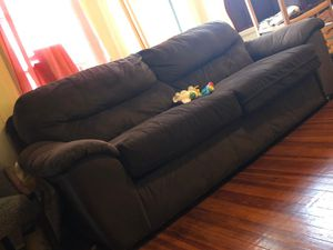 Brown Couch for FREE for Sale in Yonkers, NY